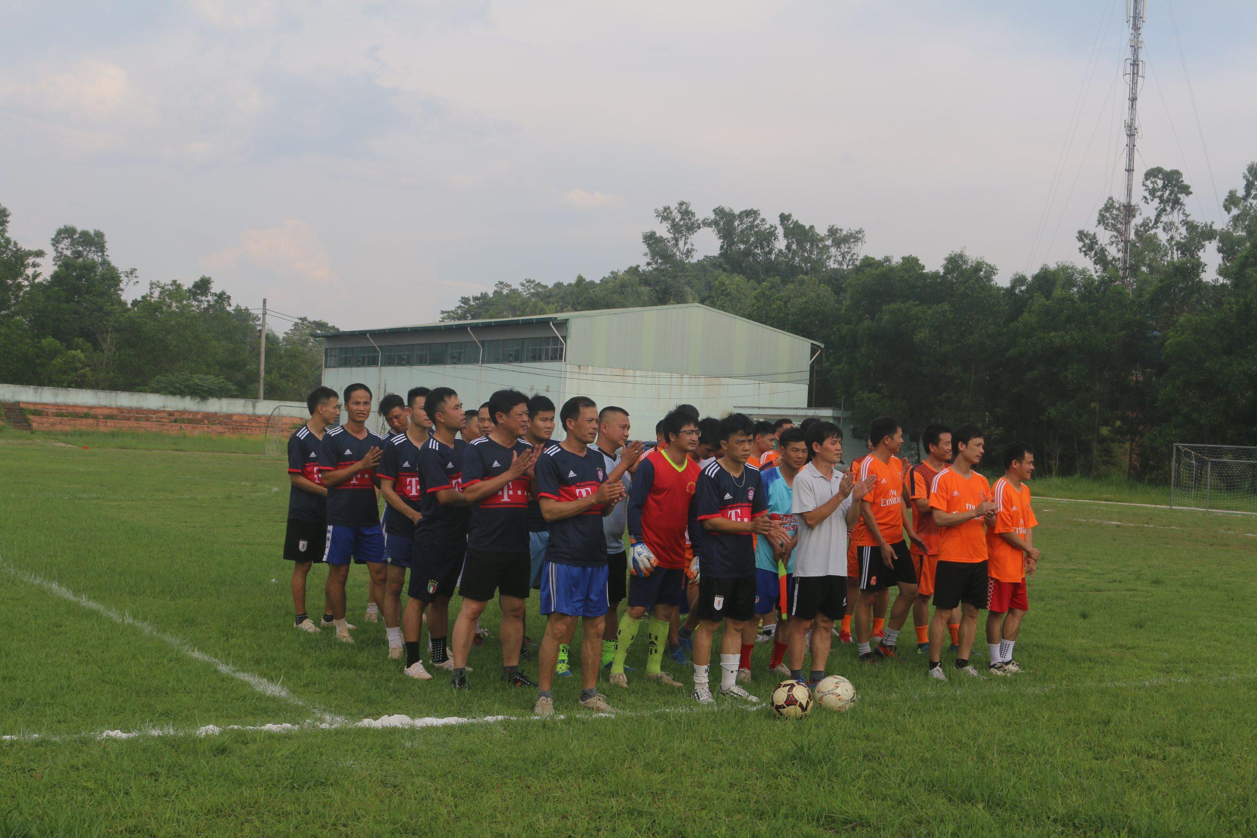 Than Na Dương tổ chức Giải thể thao phong trào chào mừng ngày thành lập và đón nhận Huân chương Lao động hạng Nhất